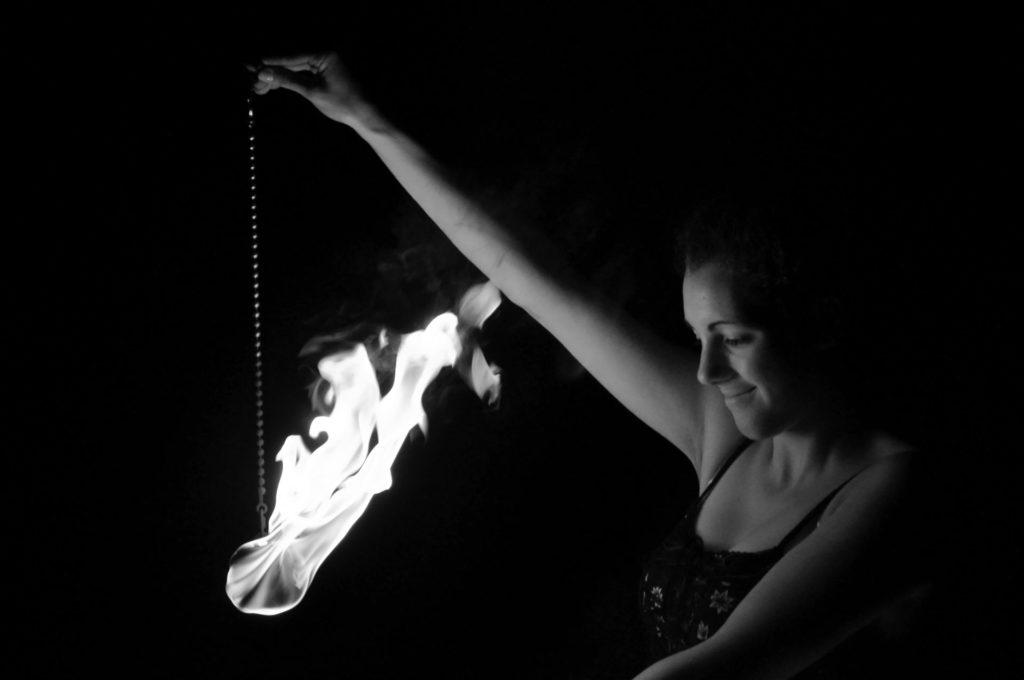 flamazing Feuershow Annika Kleinknecht